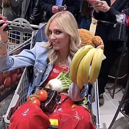 I Ferragnez e la ricchezza mostrata in un supermercato