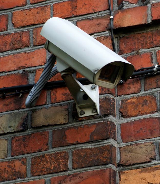 Le telecamere, i fatti e l'ambivalenza del vedere