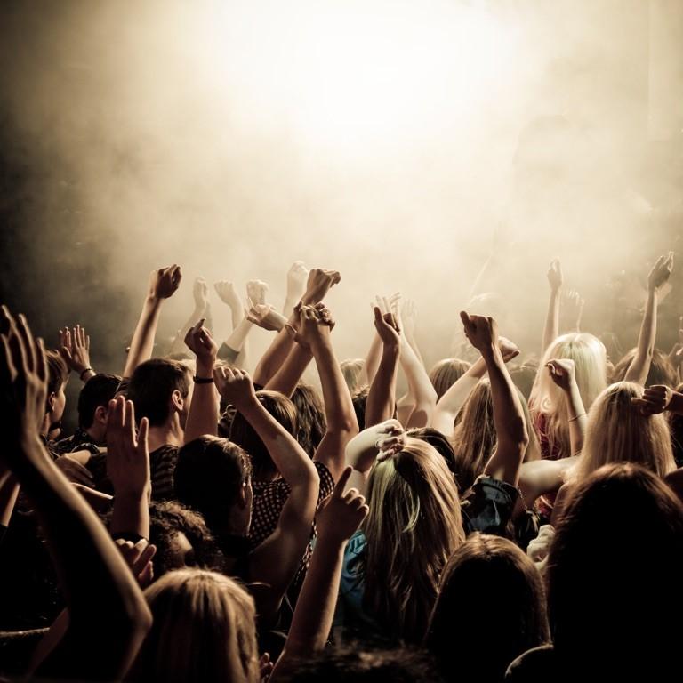I ragazzi non sono scemi: considerazioni sulla logica oppositiva del consumo musicale